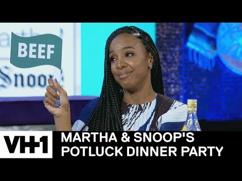 Download Youtube: Kelly Rowland on Her Star Search Performance w/ Beyoncé | Martha & Snoop's Potluck Dinner Party
