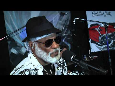 "Mighty Mo Rodgers ""Blues is my Wailin' Wall""  Studio City Sound Live"