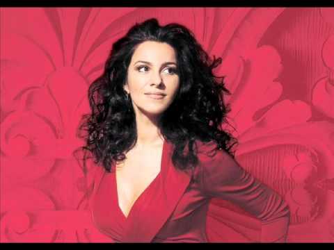 Habanera (L'amour est un oiseau rebelle) - Angela Gheorghiu