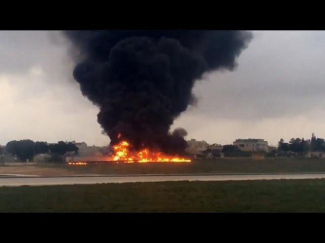 На Мальте разбился легкомоторный самолет, есть погибшие