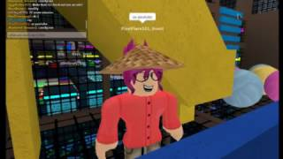 24 HOUR CHALLENGE AT TEE AND VEE'S // ALMOST CAUGHT! // ROBLOX CHALLENGES