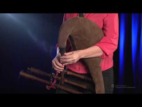 "Cätlin Mägi - Solo Piping - ""Pill ütleb: pidu lõppeb!"""