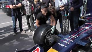 Compétition d'arrêts aux puits Red Bull à Montreal