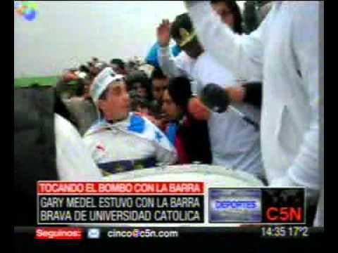 C5N-GARY MEDEL ESTUVO CON LA BARRA DE UNIVERSIDAD CATOLICA