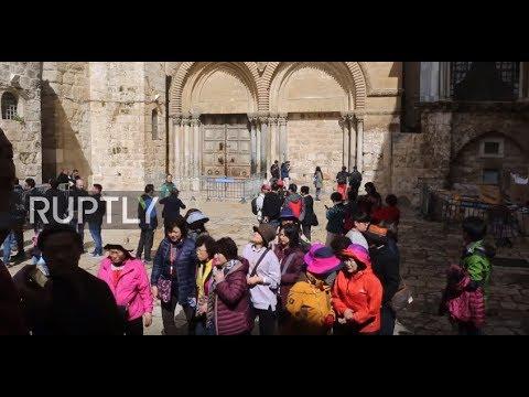 East Jerusalem: Visitors 'heartbroken' over Holy Sepulchre closure