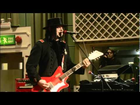 From The Basement   The White Stripes   Blue Orchid   Performance