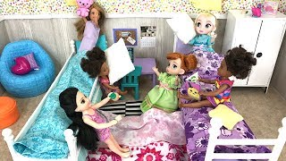 Video Sleepover! Barbie Sisters Slumber Party Elsa and Anna Toddler Dolls |  Naiah and Elli Doll Show #8 download MP3, 3GP, MP4, WEBM, AVI, FLV Januari 2018