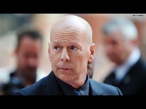 Bruce Willis' most awkward interview ever?