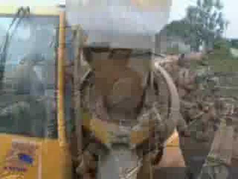 Seabee's rehab Comoros school