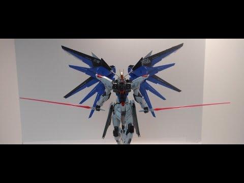Master Grade Freedom Gundam Ver. 2.0 Review