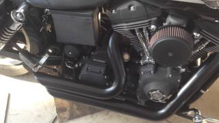 Vance & Hines Shortshots Staggered on 2003 Superglide Sport (no baffles)