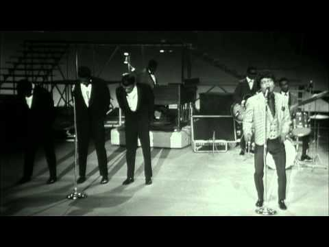 "James Brown performs ""Prisoner of Love"" at the TAMI Show (Live)"