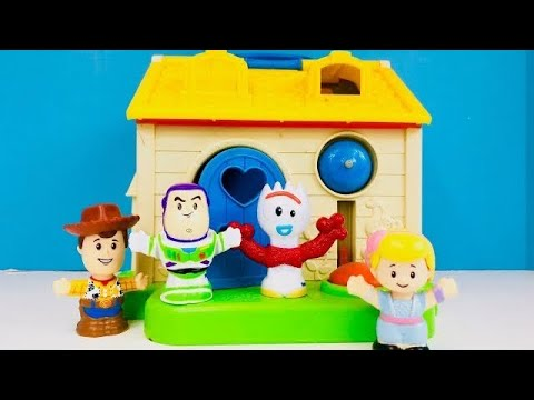 FISHER PRICE Little People House And TOY STORY 4 Toys