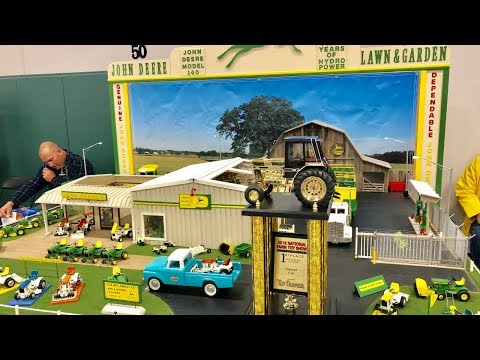 2018 National Farm Toy Show Display Contest Winner: Large  Scale