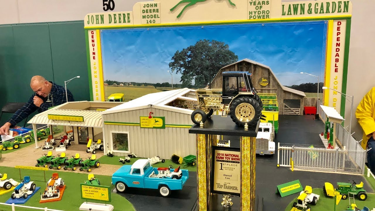 2018 National Farm Toy Show Display Contest Winner Large Scale Youtube