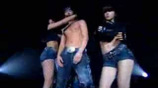 Korean singer and one of the best dancers in a sexy performance.