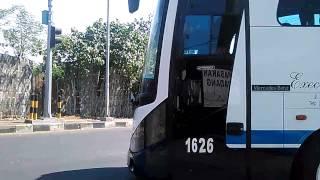 vuclip Telolet bus indah jaya trans di parkiran giri