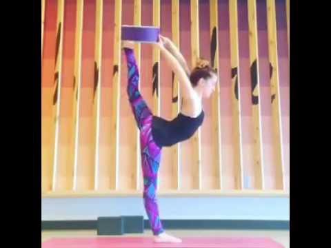 Youtube Shakti Yogawheel How To Do Dancers Pose Natarajasana With The Yoga Wheel Youtube