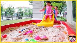 หนูยิ้มหนูแย้ม   สไลเดอร์บ่อทรายเก็บของเล่น