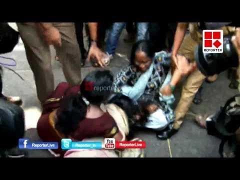Police Brutality agianst Jishnu's Mother and relatives│Reporter Live