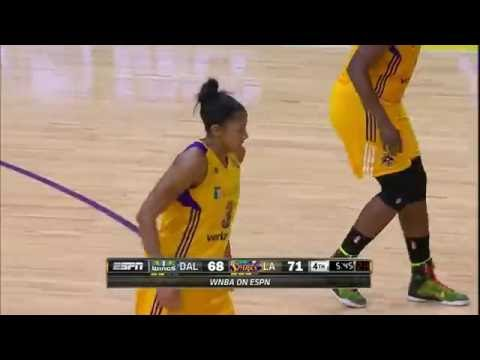 Candace Parker Honors Pat Summit With 31 & 13