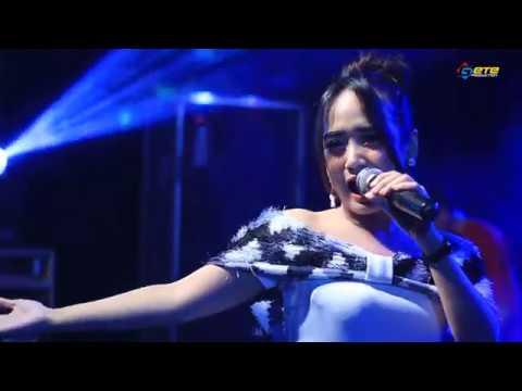 BAGAIKAN LANGIT   EDOT ARISNA   TRIAS MUSIC LIVE BANJARAN SPARTAN