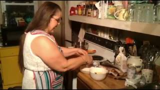 Brenda does fried  bacon & fig newton cookie also bananna pudding