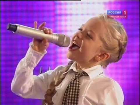 Sings Anastasia Petrik  eight years, from the Ukraine to the children's song festival in Moscow