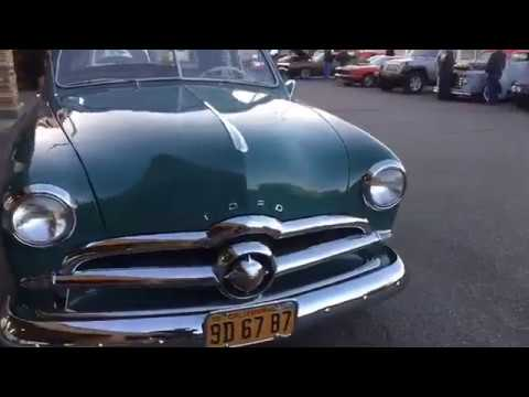 Classic Cars, Hot Rods, Street Rods, Muscle car show in Huntington Beach