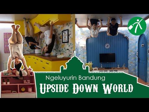 Main ke Tempat Wisata Selfie Upside Down World, Serba Kebalik!