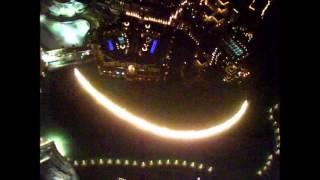 Fontanna w Dubaju z budynku Burj              Fountain in Dubai with Burj Khalifa building