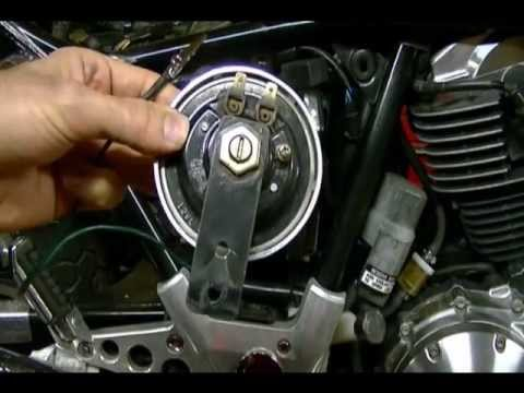 Fixing a Motorcycle Horn Circuit - YouTube
