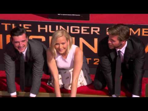 Mockingjay Part 2 - TCL Chinese Theatre Hand & Footprint Ceremony B-Roll