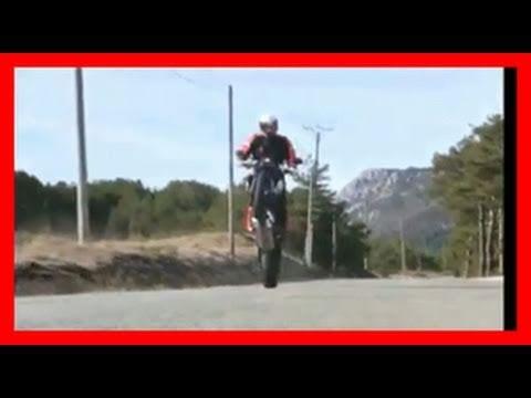 KTM 690 Duke R first test ride