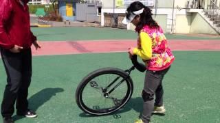 외발자전거 unicycle 대구팔공클럽 황미숙님 29인치올라타기 연습2주차