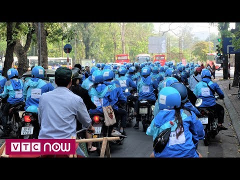 Tài Xế Uber Diễu Hành Trong Ngày Cuối Hoạt động | VTC1