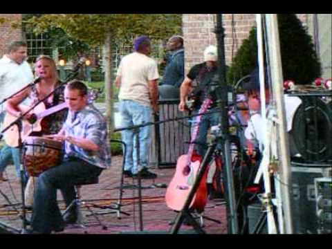 Country Music On The Riverwalk #2.wmv