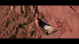 Миссия: невыполнима 2 2000 год ( подъем по скале без страховки)