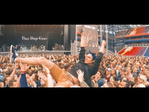 Three Days Grace - Riot (Live)