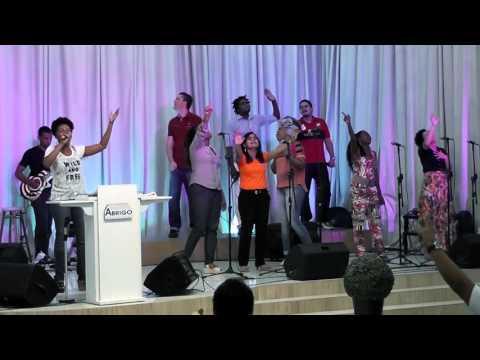 Igreja Cristã Abrigo- Aniversario de 4 anos -Abrigo Choir - Por que Tu És Senhor