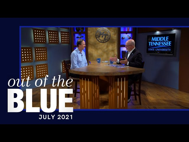 """Chris Young Cafe 