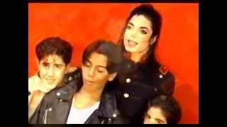 マイケルジャクソン - 1993・写真撮影現場の動画