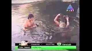 Repeat youtube video Mallu masala hot actress bath unseen videos