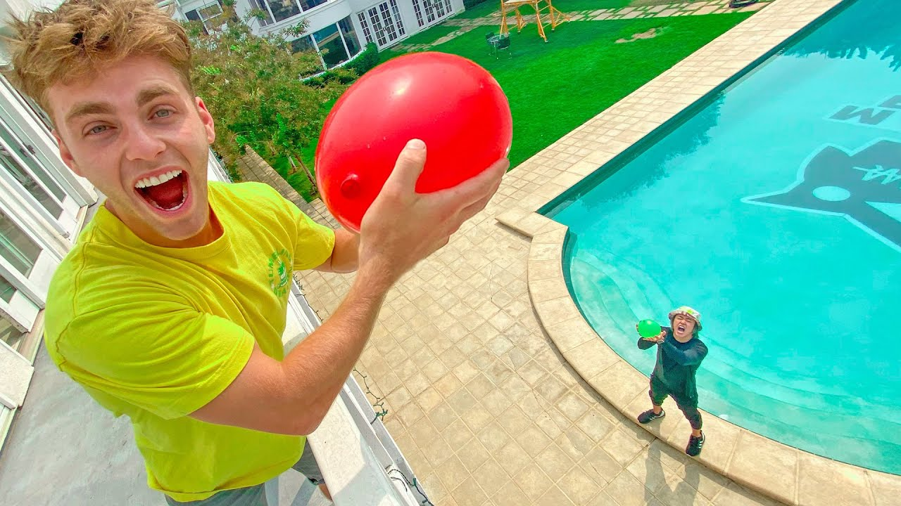 LAST TO DROP THE WATER BALLON WINS!