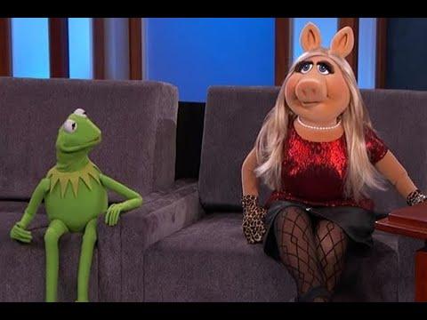 Rana Ren� y Miss Piggy se re�nen en inc�moda entrevista