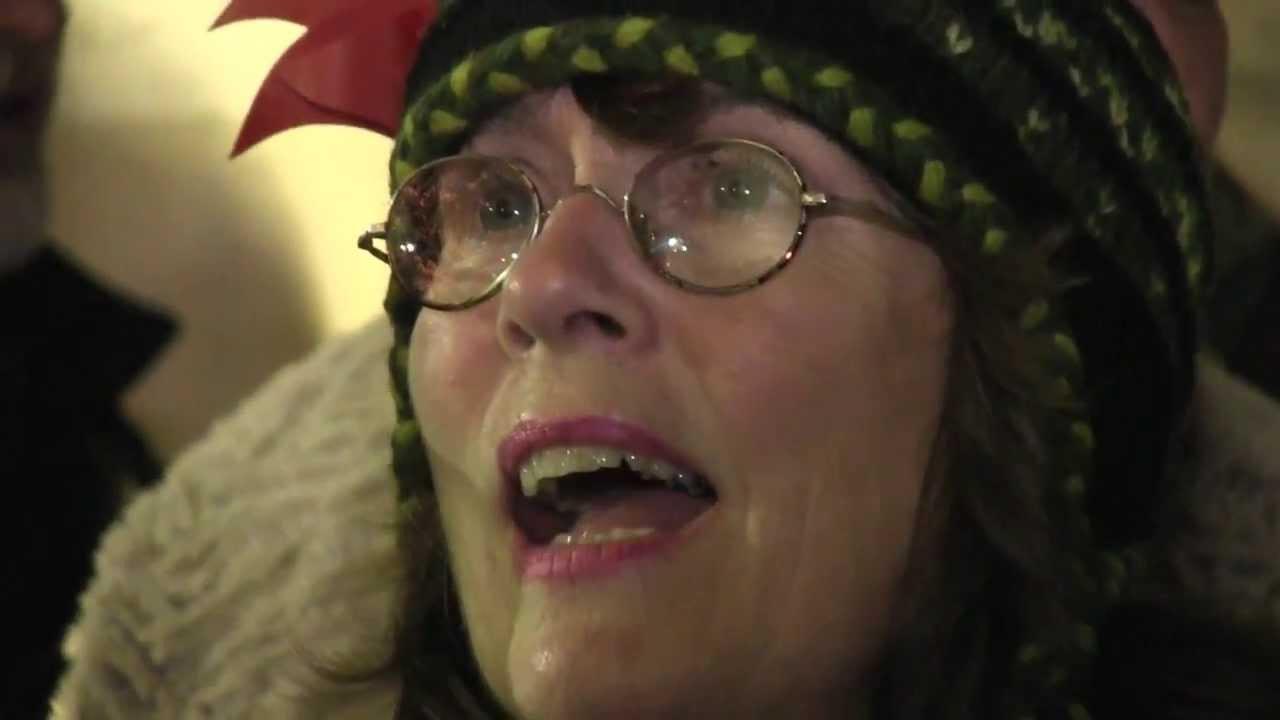 SILENT NIGHT Christmas Caroling WTerre Roche Amp Barbara
