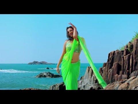 Actress sruthi Hariharan Hot Saree Song   Travel Diaries thumbnail