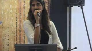 Denisa Pripon - Gandul meu spre Tine zboara Tata ceresc (Biserica Penticostala Albini)