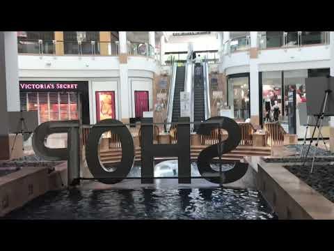 Valencia Town Center Mall 1