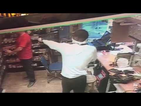Shell gas station robbery in New Orleans - July 13, 2017